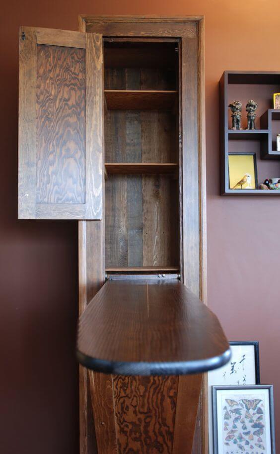 встроенная доска в шкафу