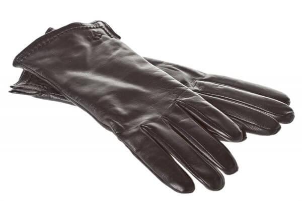 чистка кожаных перчаток