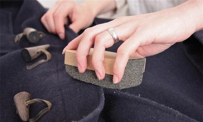 способы чистки пальто