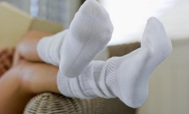 стирка белых носков